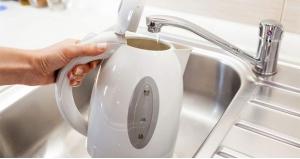 Вода для чайника: какую можно заливать?