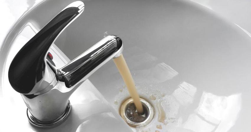 Мутная вода из крана. Как обезопасить себя от ее пагубного воздействия?