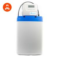 Сервис солевого бака в компактном фильтре для дома